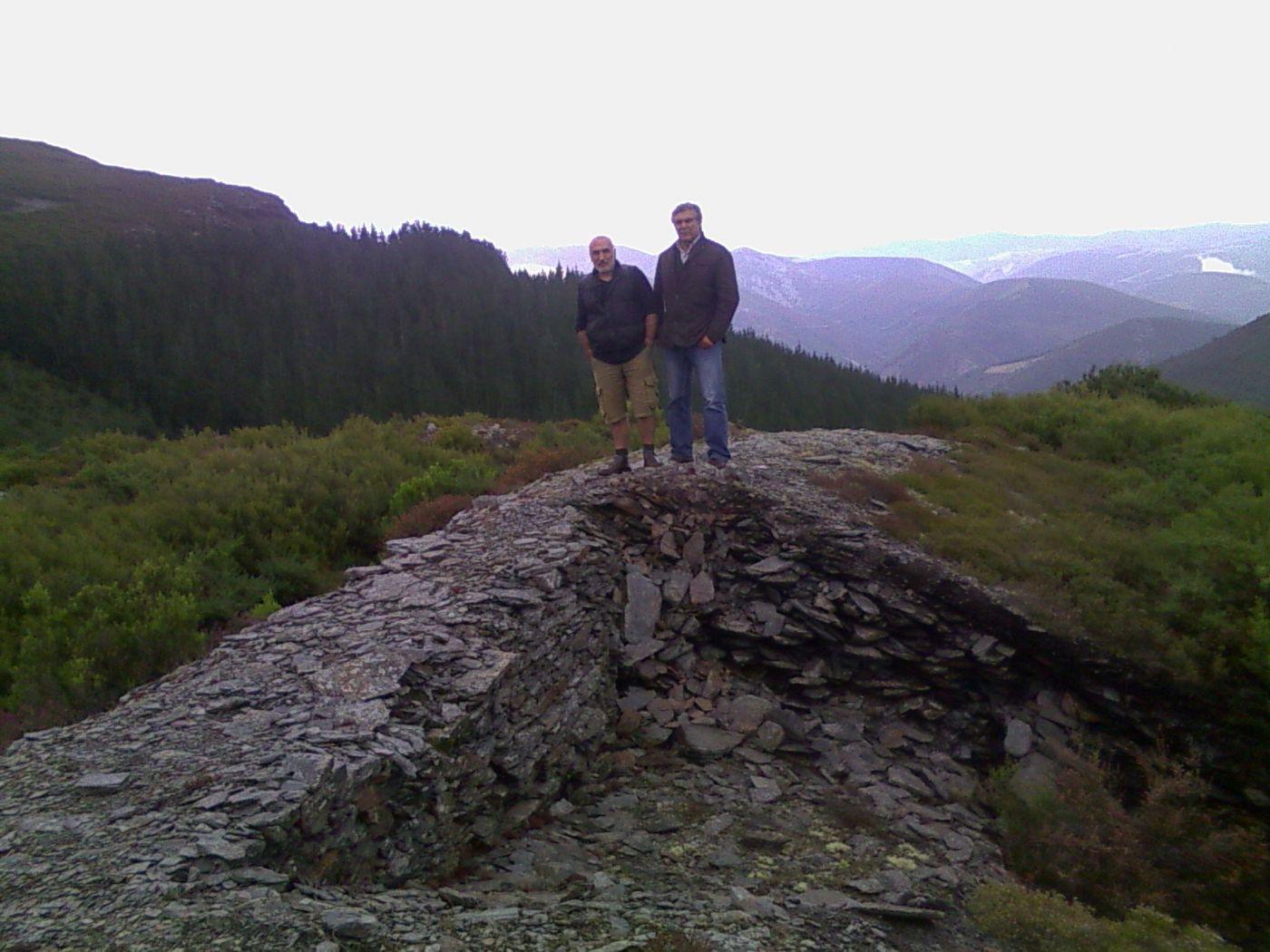 Asturias Buscador Global De Celtiberia Net # Muebles Tejada En Xinzo De Limia