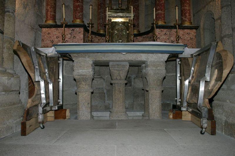 Altar pétreo de soandres, cortesía de metalazo