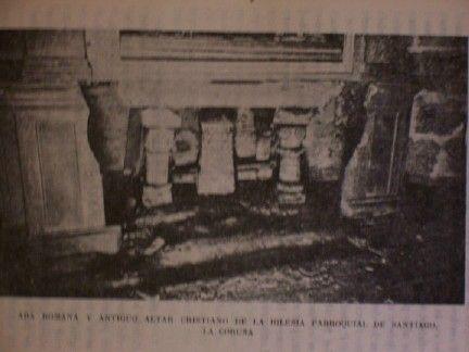 Ara bajo altar románico en la iglesia parroquial de santiago de la coruña