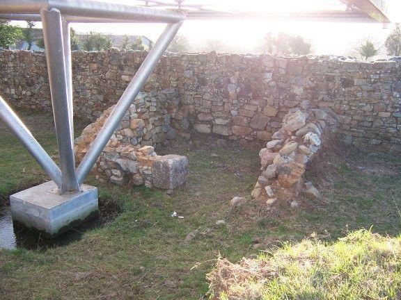 Estancia adosada a la muralla de ciadella, empleada como lugar de culto