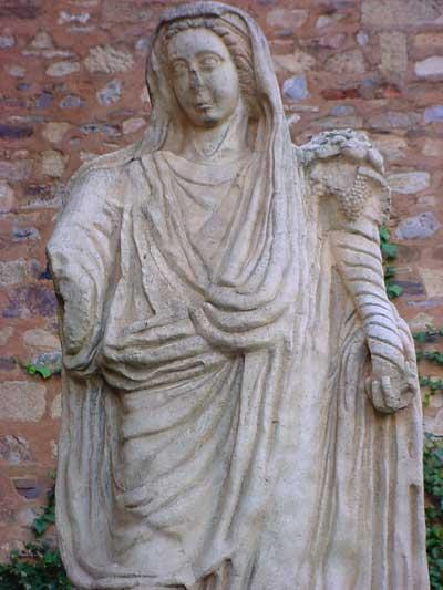 http://www.celtiberia.net/imagftp/im793289811-Diosa-Ceres.jpg